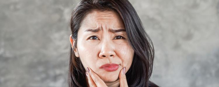 main of Suffering From Bell's Palsy Affects Facial Muscles (yellowise)